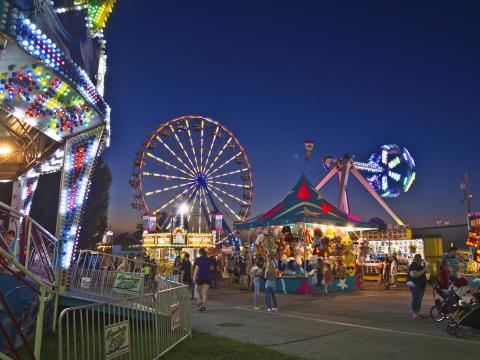 Barraquinhas e atrações da Ozark Empire Fair