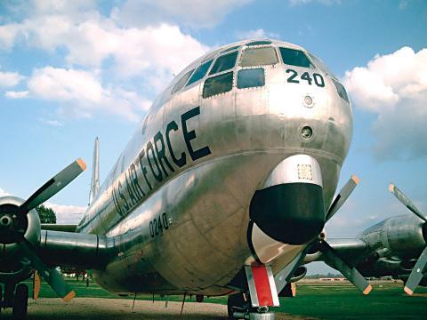 Dominando o macadame no Barksdale Air Force Base Air Show (Show Aéreo da Base da Força Aérea de Barksdale)