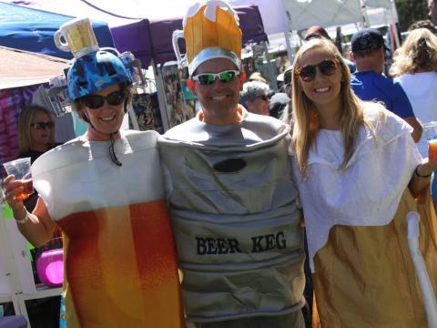 Entrando no espírito da Oktoberfest de Flagstaff