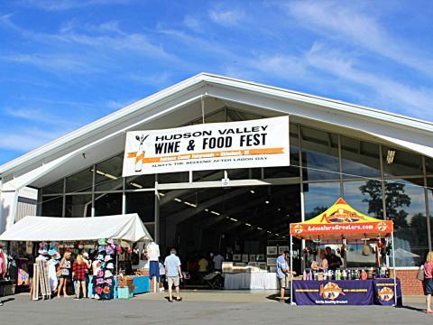 Entrada atraente para a Hudson Valley Food and Wine Fest