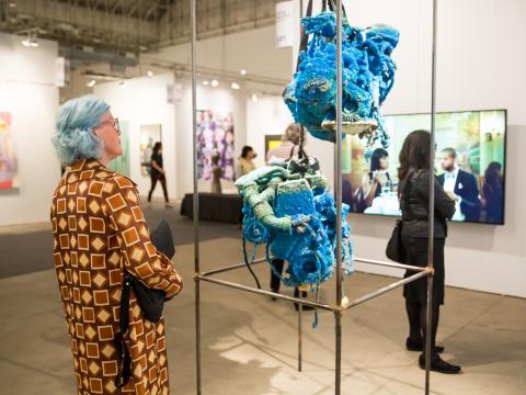 As exposições na Expo Chicago no Navy Pier assinalam a abertura da temporada de arte de outono
