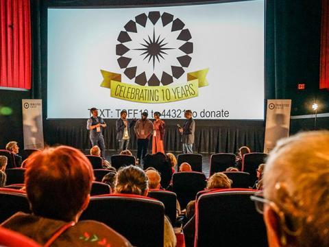 Sessão de perguntas e respostas no palco durante o Twin Cities Film Fest